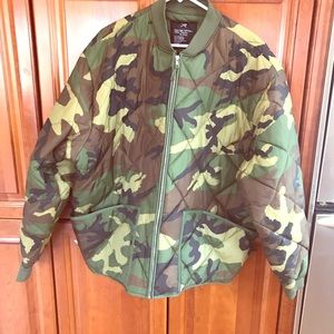 Other - Men's 2XL Camouflage Waterproof Bomber Jacket